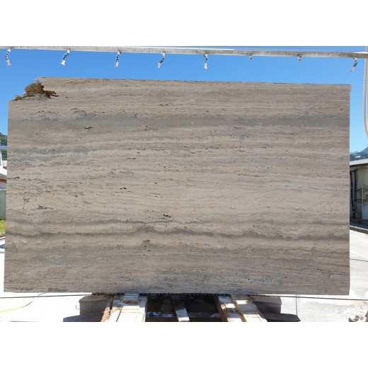 SILVER TRAVERTINE TUSCAN